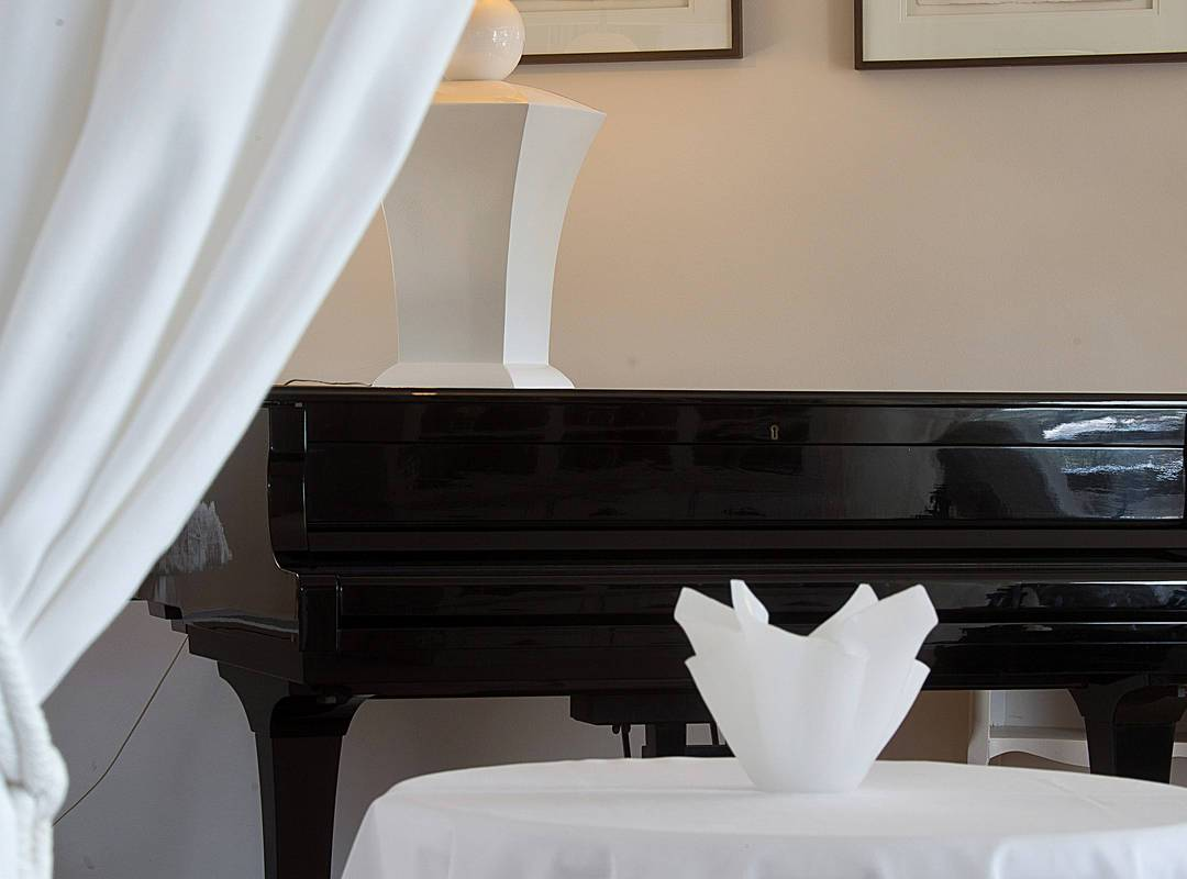 Chic piano charmign hotel in Provence