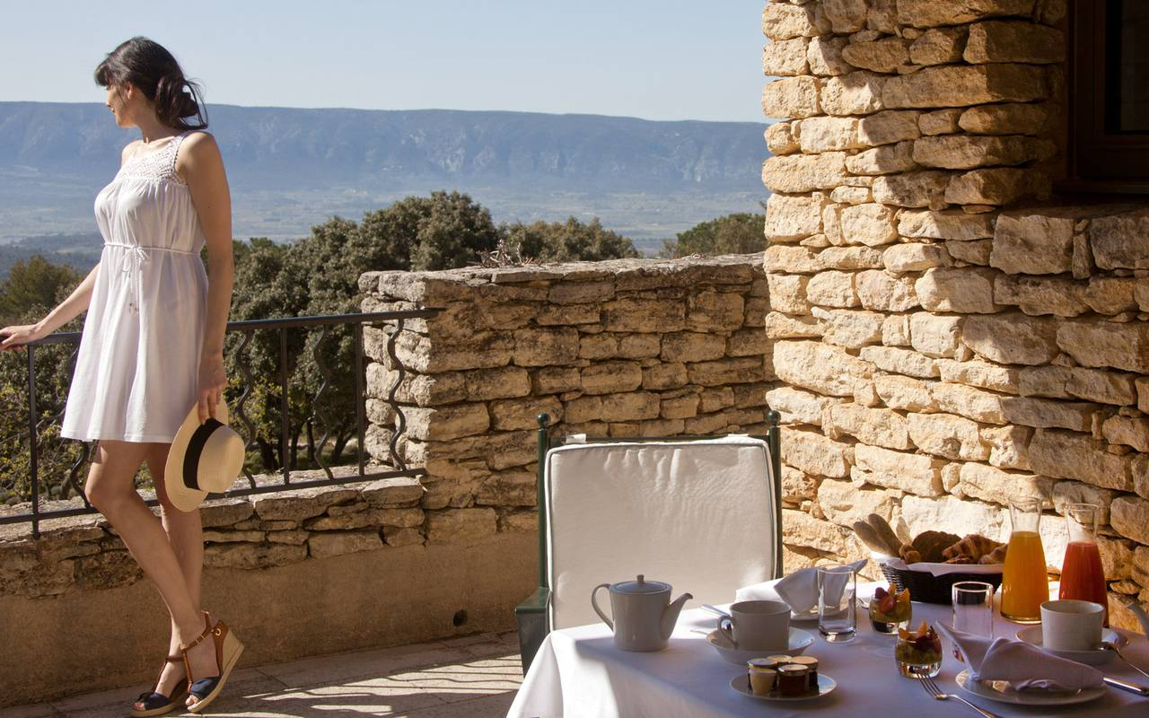 Exotic holidays in a luxury hotel in Gordes