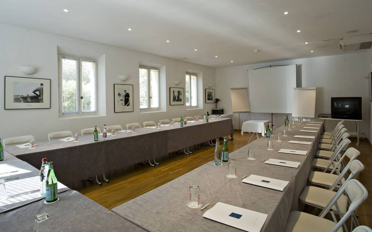 Large seminar room hotel Les Bories in Gordes