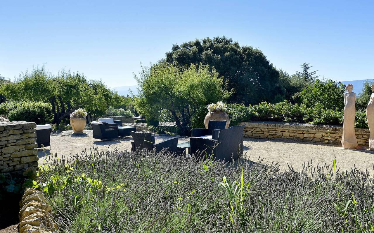 Large green terrace, seminar Provence, Hotel Les Bories