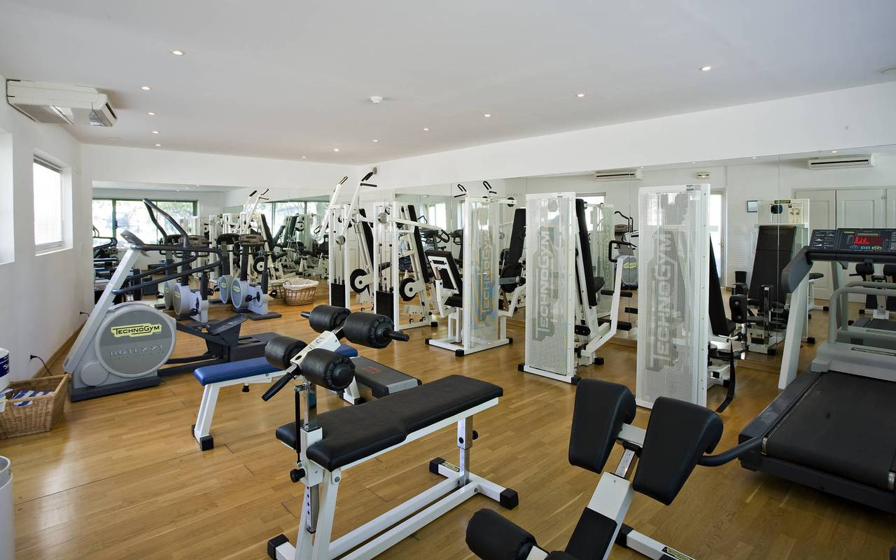 Fitness room at Les Bories 5-star hotel in Gordes