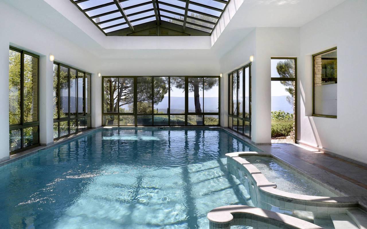Hôtel 5 étoiles avec piscine de luxe dans le Luberon en Provence