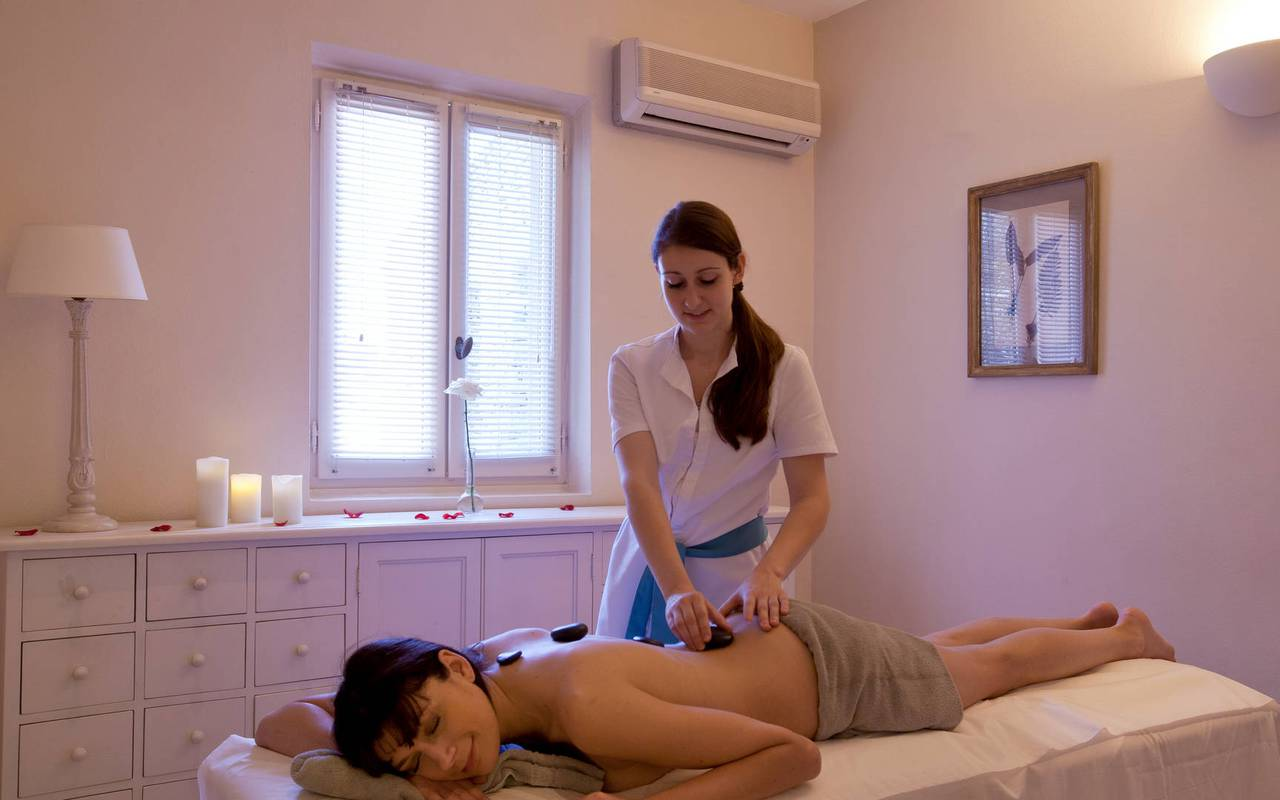 Massage dans un hôtel 5 étoiles de charme à Gordes