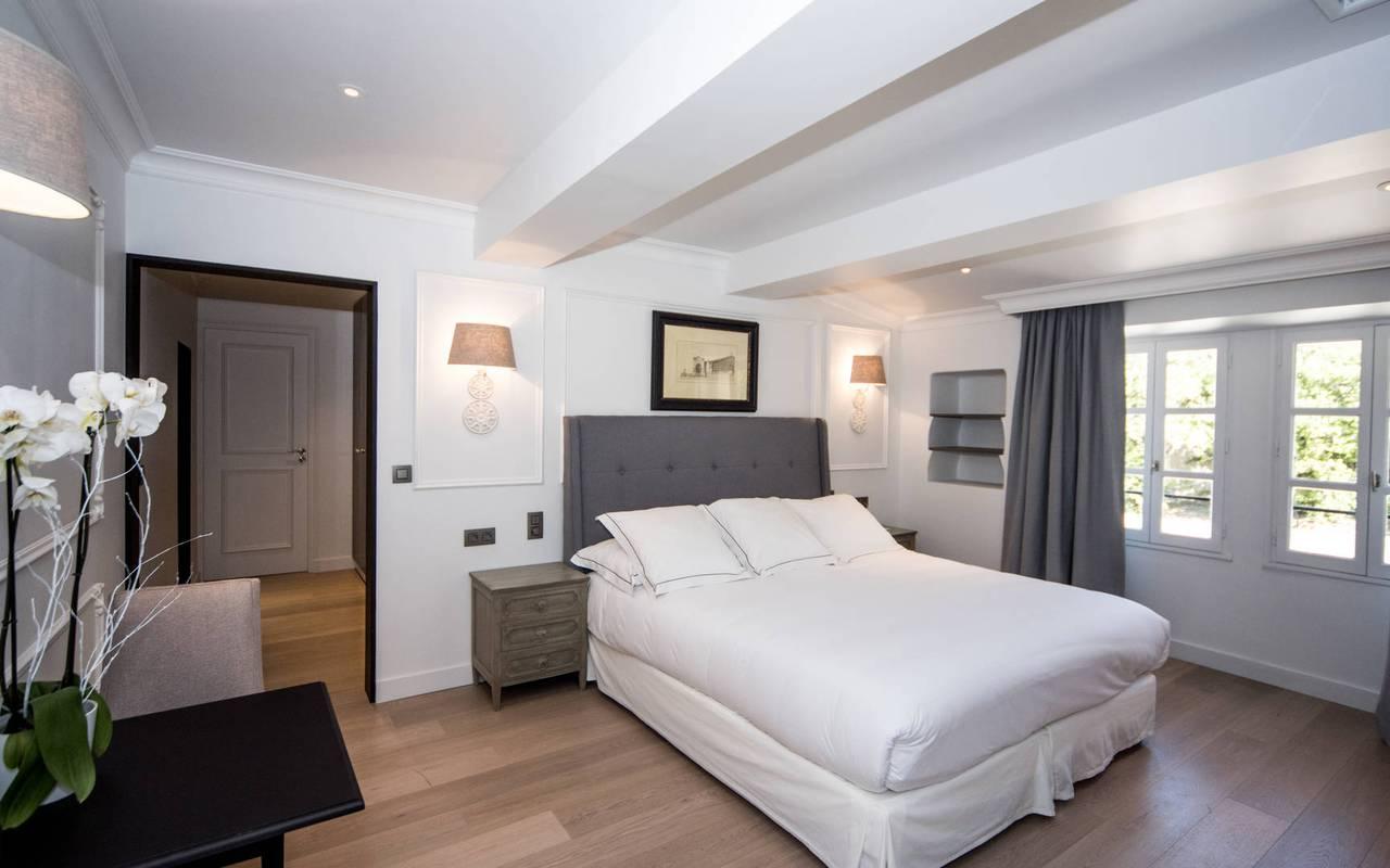 Literie confortable hôtel de luxe les Bories en Provence