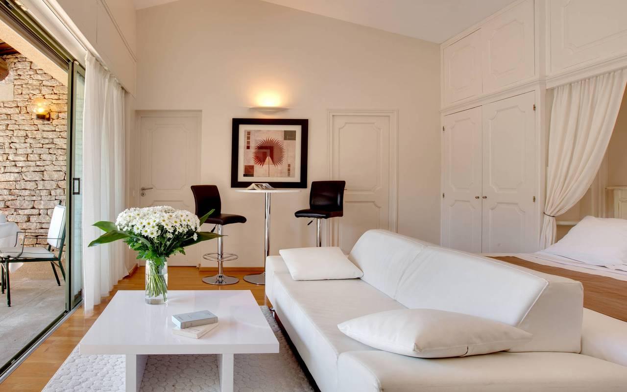 Hôtel de charme en Provence avec suite luxueuse hôtel Les Bories