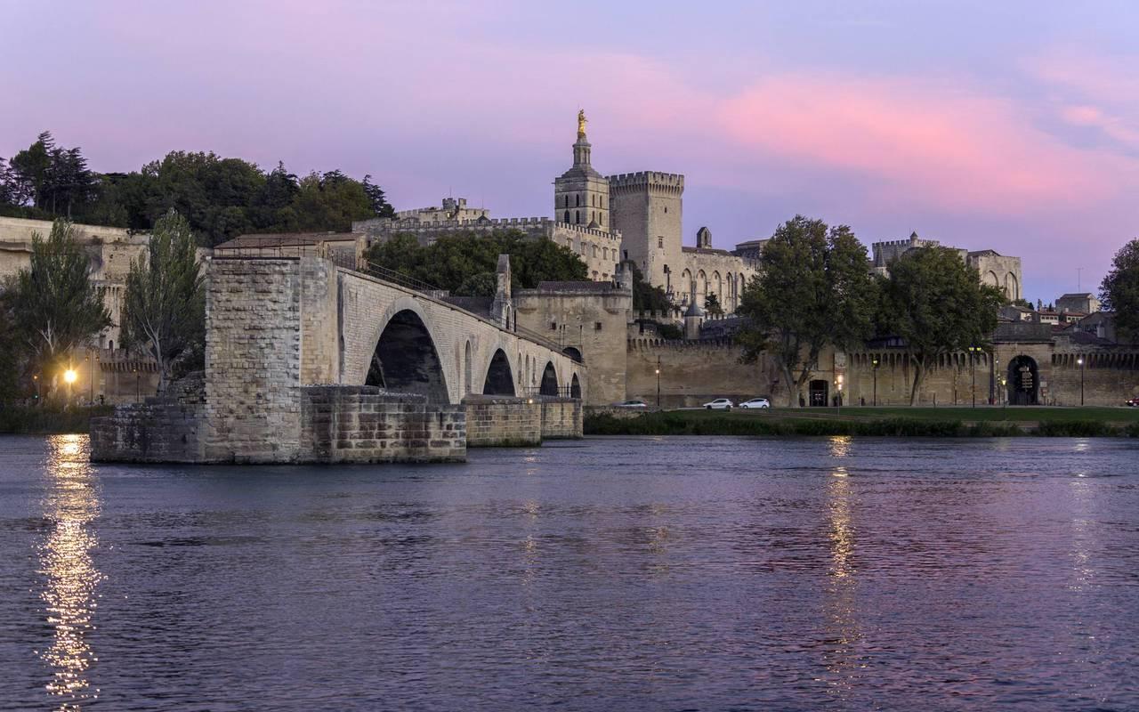 Visite Avignon hôtel Les Bories à Gordes