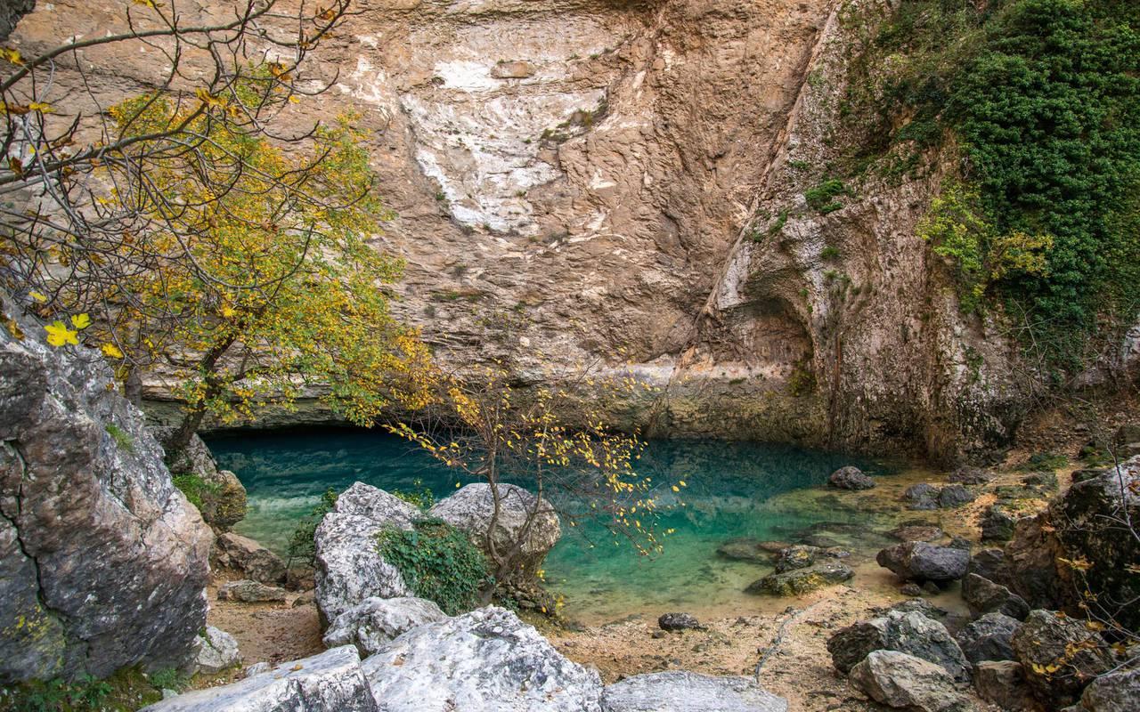 Vacances non loin de la rivière hôtel Les Bories en Provence